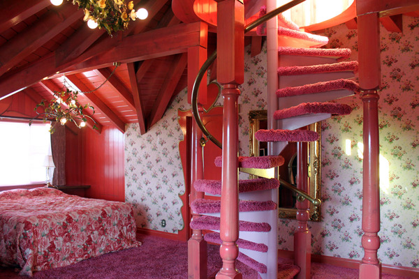 A Look Inside The Madonna Inn Paint The Gown Red