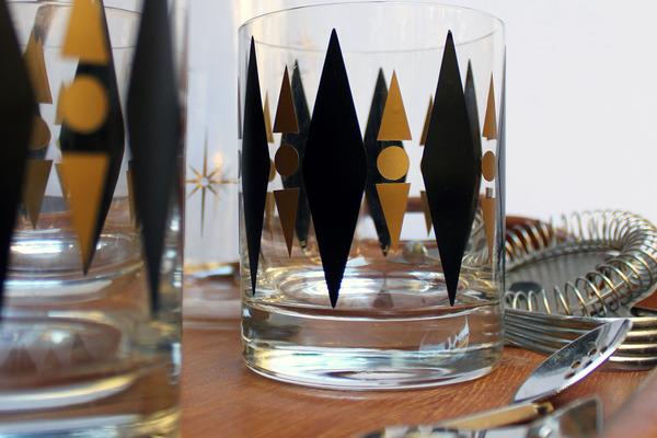 DIY Retro Cocktail Glasses
